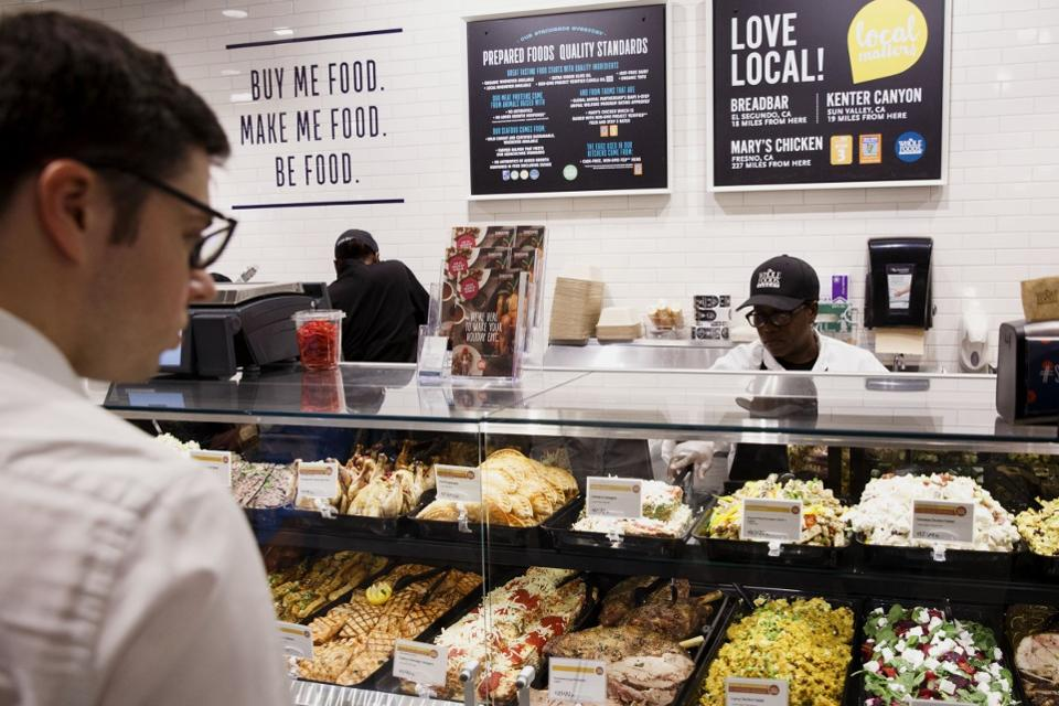 wholefoods market do they practice what Whole foods market is in many ways has been shaped by its human resource practices such as its mission, strategy, goals, benefits, structure, and reward systems.